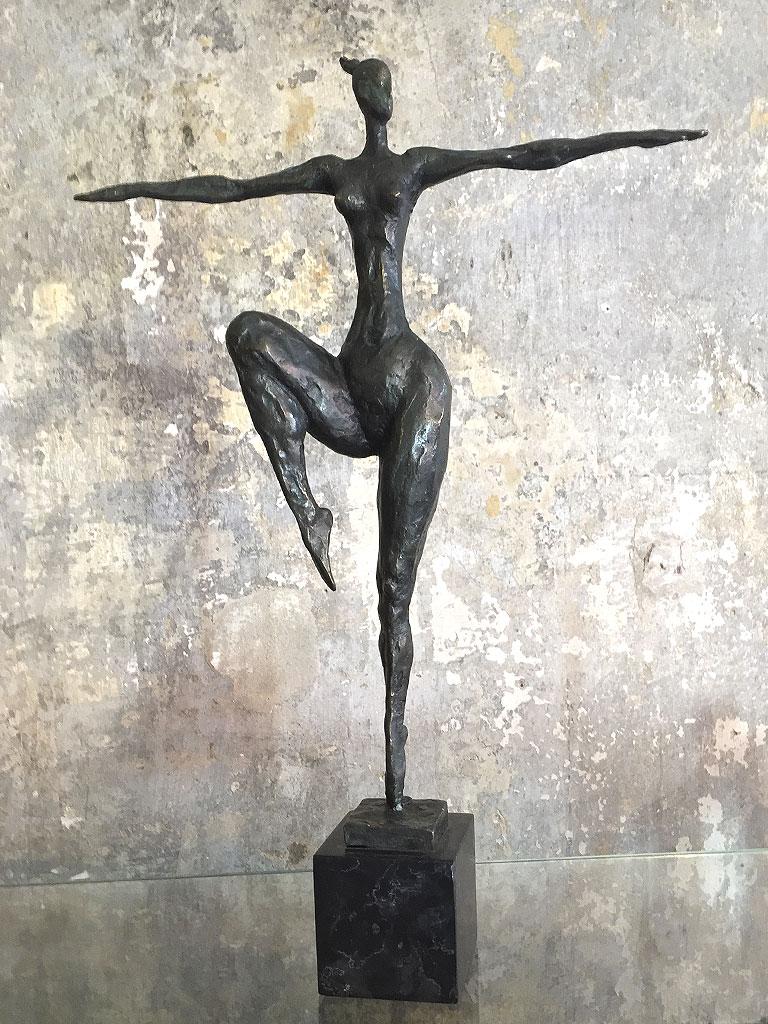 Milo Frauenskulptur Bronze