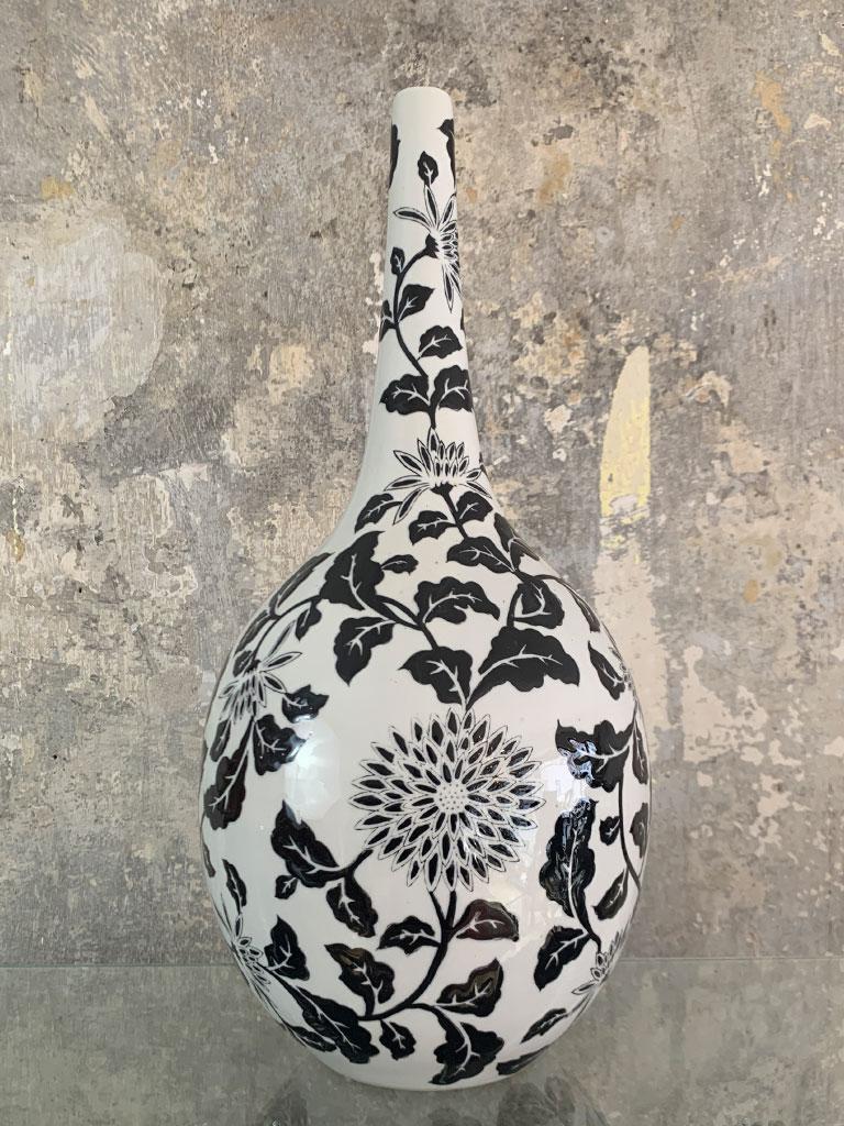 Handgefertigte Vase, schwarz weiß
